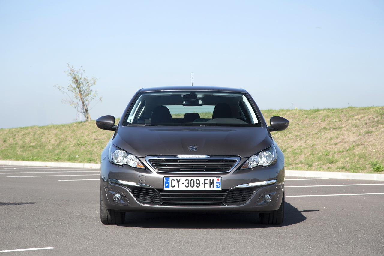 essai peugeot 308 1 2 puretech le test de la 308 essence de 110 ch photo 11 l 39 argus. Black Bedroom Furniture Sets. Home Design Ideas