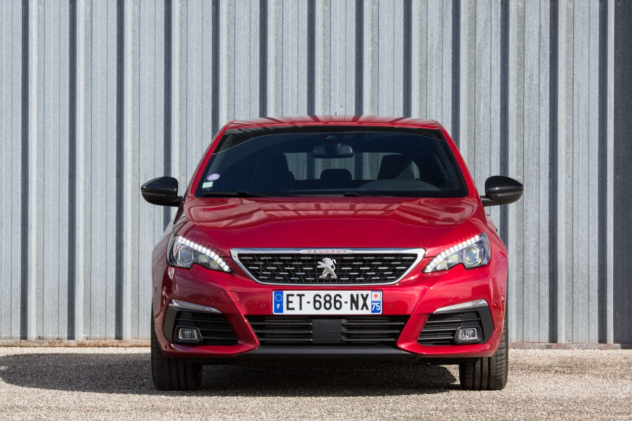essai peugeot 308 gt puretech 225 notre avis sur la nouvelle 308 gt photo 22 l 39 argus. Black Bedroom Furniture Sets. Home Design Ideas
