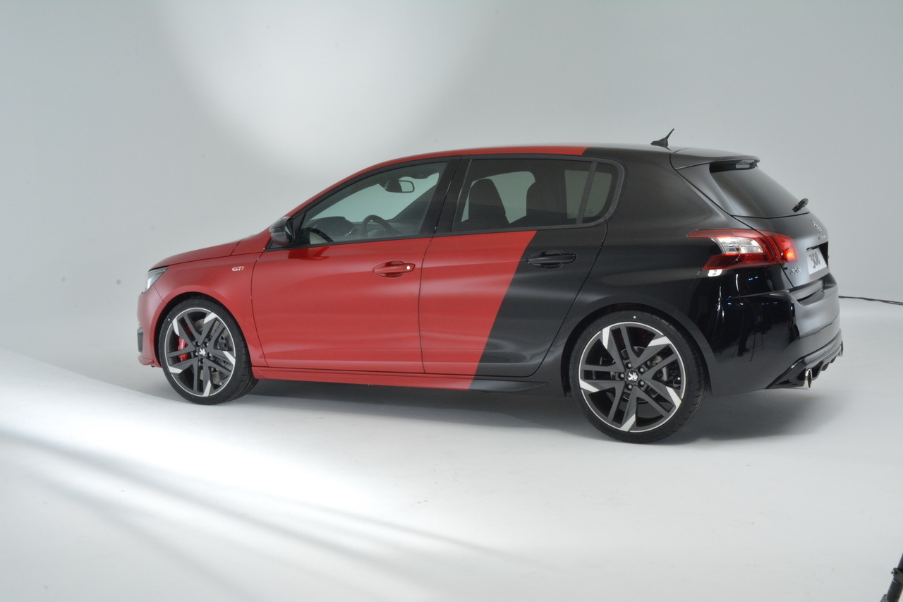 peugeot 308 gti by peugeot sport premi res photos. Black Bedroom Furniture Sets. Home Design Ideas