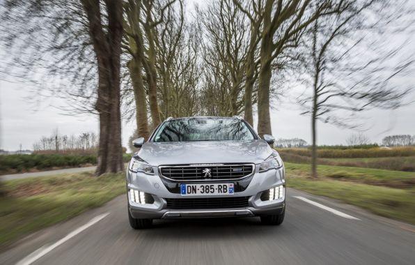 #MaSemaineAuto�: 508 RXH diesel, Volkswagen Touran et Gen�ve 2015