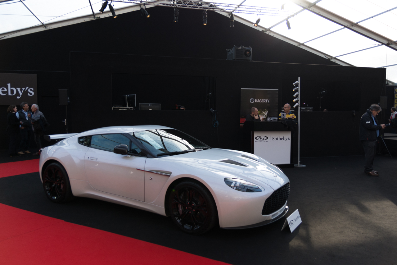 nos photos de la vente aux ench res rm sotheby 39 s 2017 paris aston martin v12 zagato no zero. Black Bedroom Furniture Sets. Home Design Ideas