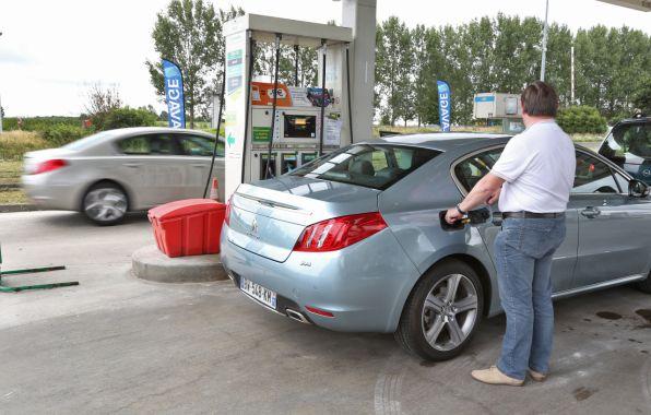 Tomber en panne après avoir fait le plein peut être révélateur de la présence d'eau dans le réservoir et le moteur.