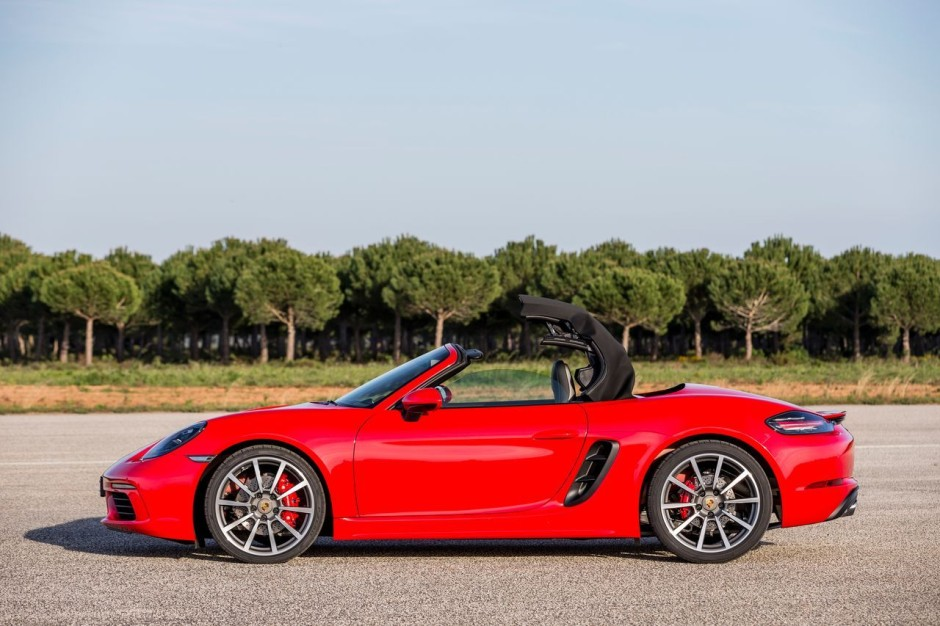 essai porsche 718 boxster s premier test du boxster quatre cylindres photo 19 l 39 argus. Black Bedroom Furniture Sets. Home Design Ideas