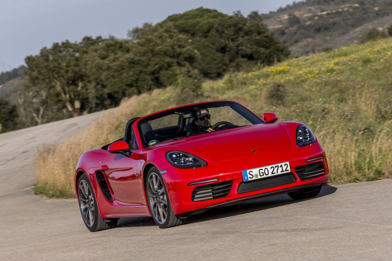 essai porsche 718 boxster s premier test du boxster quatre cylindres l 39 argus. Black Bedroom Furniture Sets. Home Design Ideas