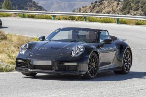 Porsche 911 Cabriolet type 992 vue avant photo espion