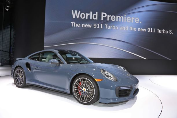Porsche 911 Turbo S NAIAS 2016
