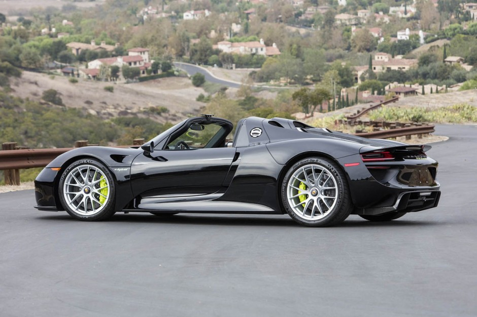 deux porsche 918 spyder et 911 r assorties vendre photo 14 l 39 argus. Black Bedroom Furniture Sets. Home Design Ideas
