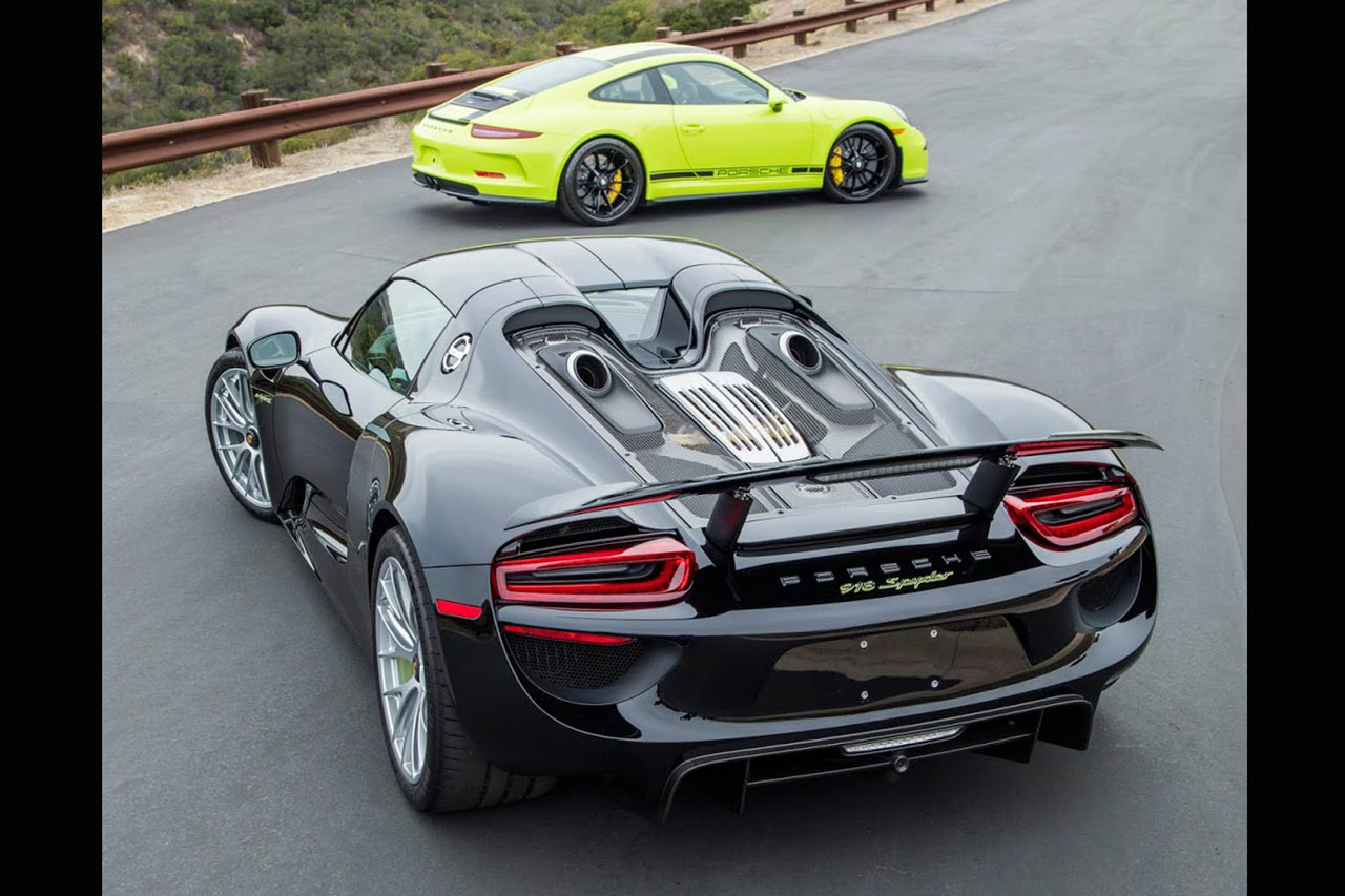 deux porsche 918 spyder et 911 r assorties vendre photo 3 l 39 argus. Black Bedroom Furniture Sets. Home Design Ideas