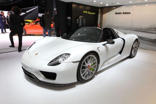 918 spyder la porsche la plus ch re du salon de gen ve 2015 l 39 argus. Black Bedroom Furniture Sets. Home Design Ideas