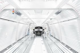 porsche macan production