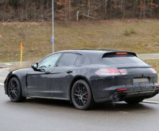 future Porsche Panamera break vue arri�re