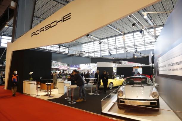 R tromobile 2015 photos et vid os du stand porsche l 39 argus for Salon du retromobile