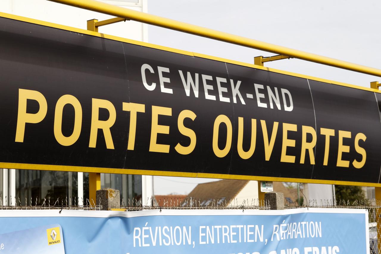 Football italie portugal le 16 juin gen ve for Porte ouverte constructeur