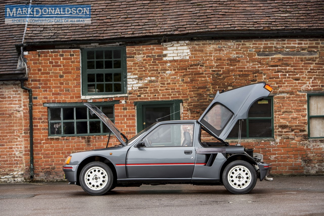 une peugeot 205 turbo 16 de route sur le march photo 4 l 39 argus. Black Bedroom Furniture Sets. Home Design Ideas