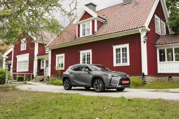 prix lexus ux 250h les tarifs et quipements du suv hybride l 39 argus. Black Bedroom Furniture Sets. Home Design Ideas
