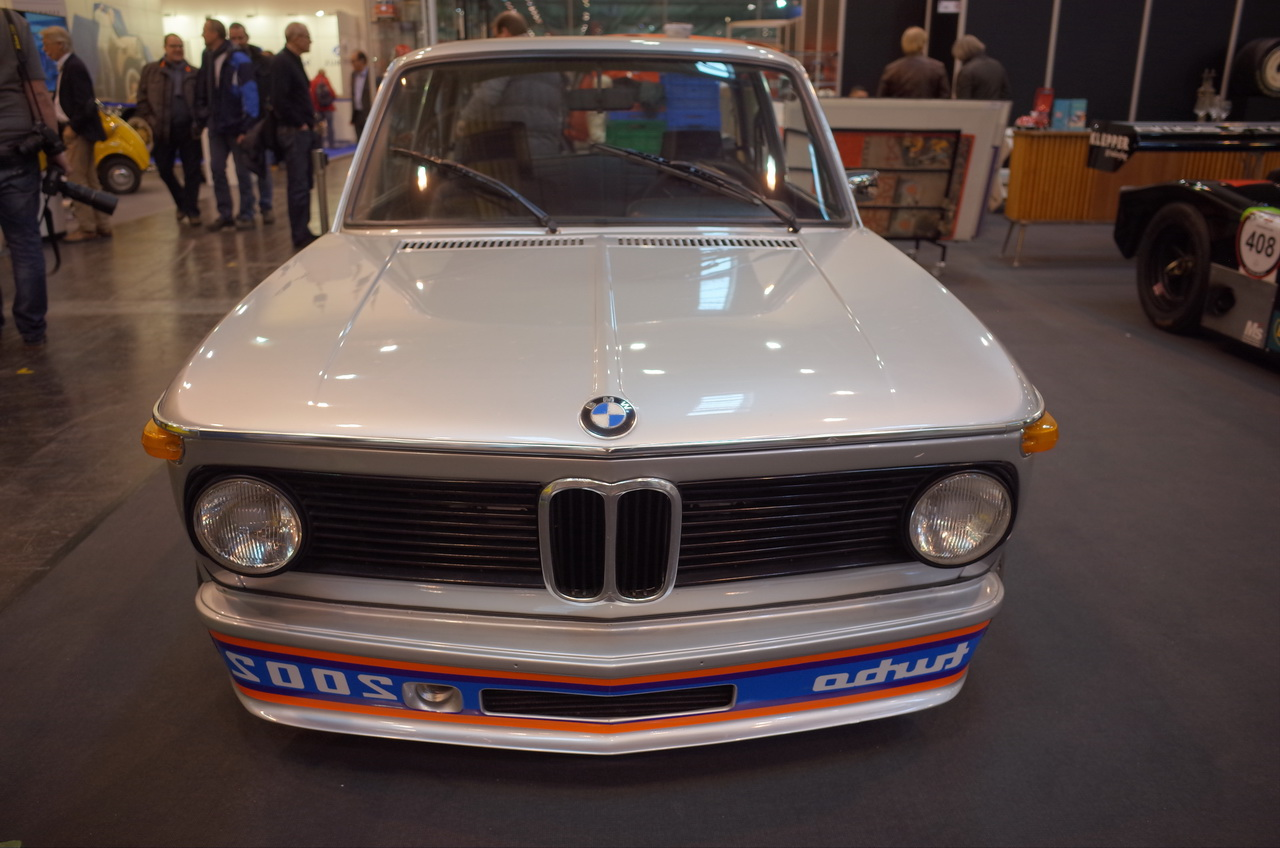 techno classica essen 2018 les p pites du r tromobile allemand bmw 2002 turbo l 39 argus. Black Bedroom Furniture Sets. Home Design Ideas