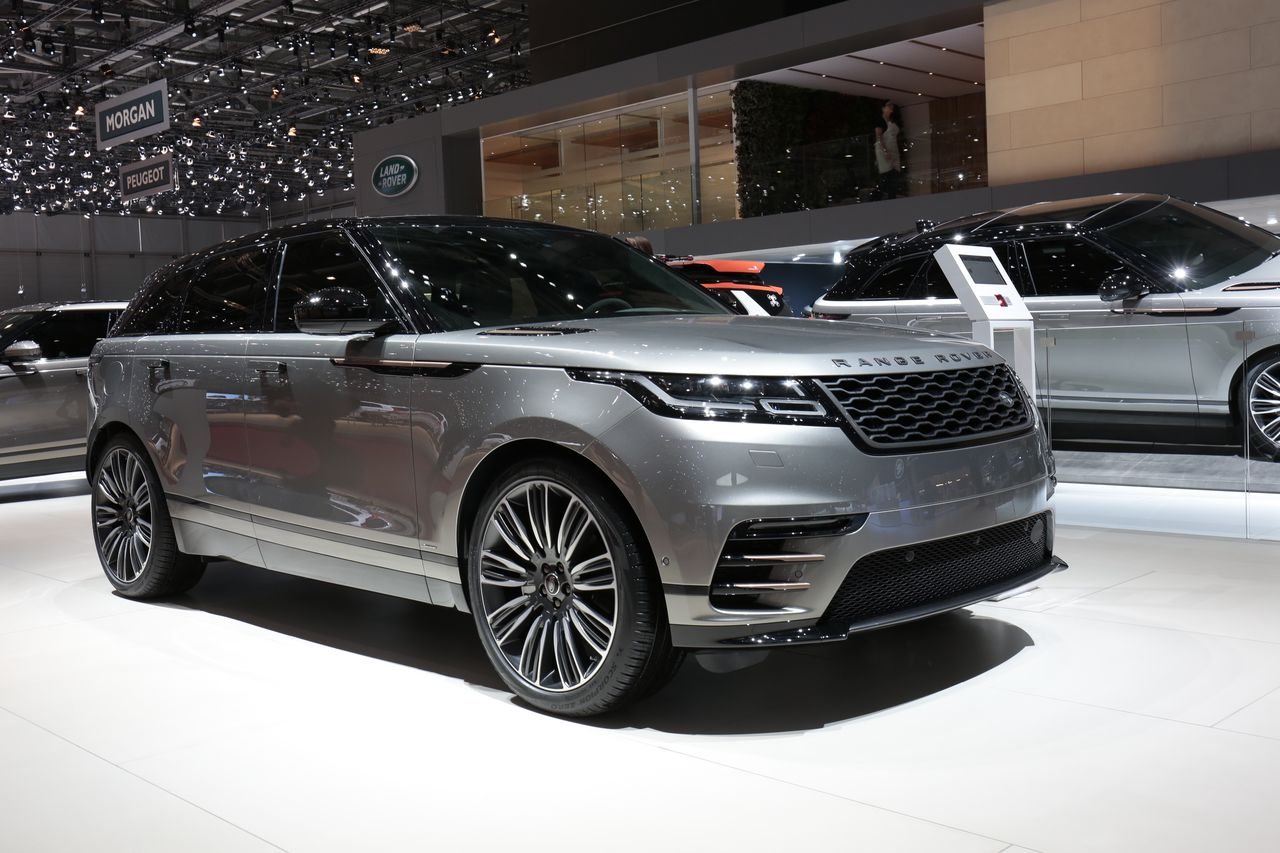 prix range rover velar tous les tarifs du septi me suv land rover photo 1 l 39 argus. Black Bedroom Furniture Sets. Home Design Ideas