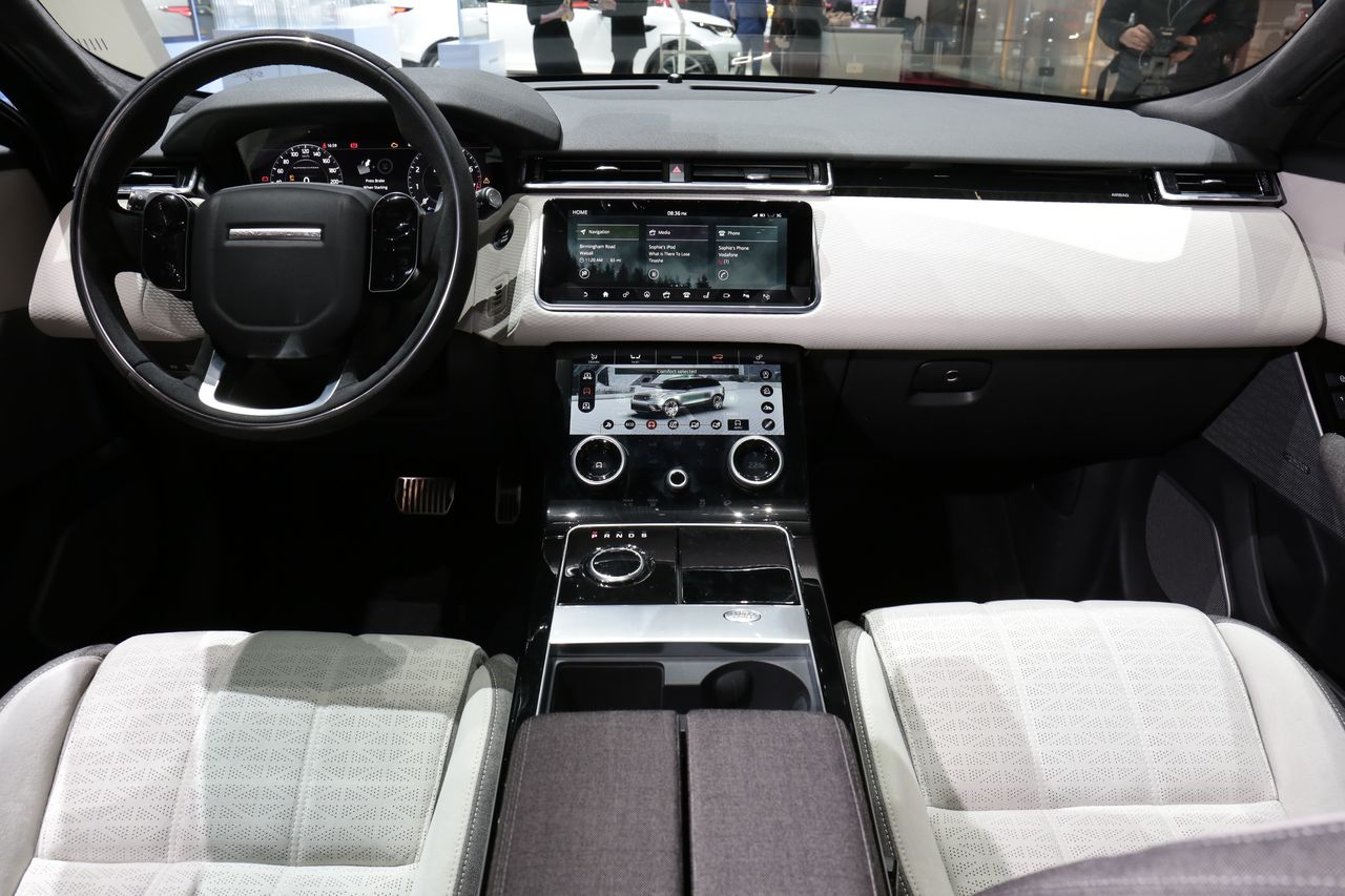 range rover velar le match face aux suv sportifs photo 39 l 39 argus. Black Bedroom Furniture Sets. Home Design Ideas