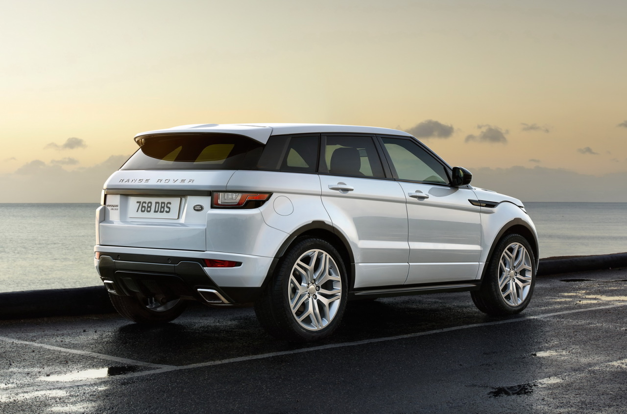 range rover evoque 2015 l ger restylage et nouveau moteur photo 2 l 39 argus. Black Bedroom Furniture Sets. Home Design Ideas