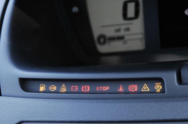 Moteurs PSA VTi et THP : sonde de température à remplacer