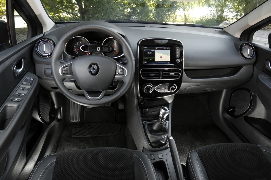 Renault clio 4 interieur 28 images renault clio 4 1 5 for Interieur clio 4
