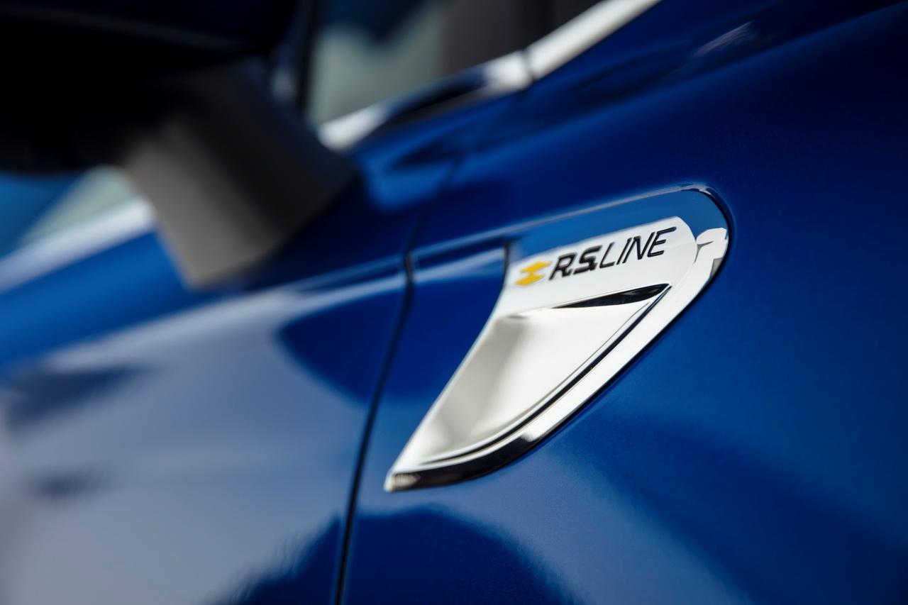 renault-clio-5-2019-rs-line-bleu-18.jpg