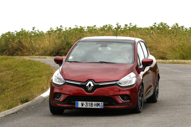 essai renault clio 2016 notre avis sur la clio 4 restyl e l 39 argus. Black Bedroom Furniture Sets. Home Design Ideas