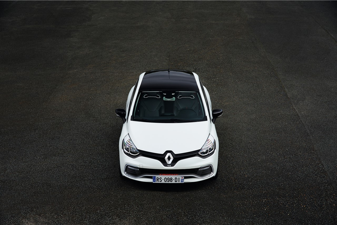 prix renault clio rs 200 edc trophy 28 900 euros pour 220 ch photo 7 l 39 argus. Black Bedroom Furniture Sets. Home Design Ideas