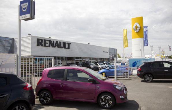 Renault se redresse doucement et flirte avec les 20% de part de march�. Le recul de Dacia n'est qu'un trompe l'oeil qui s'estompera au second semestre.