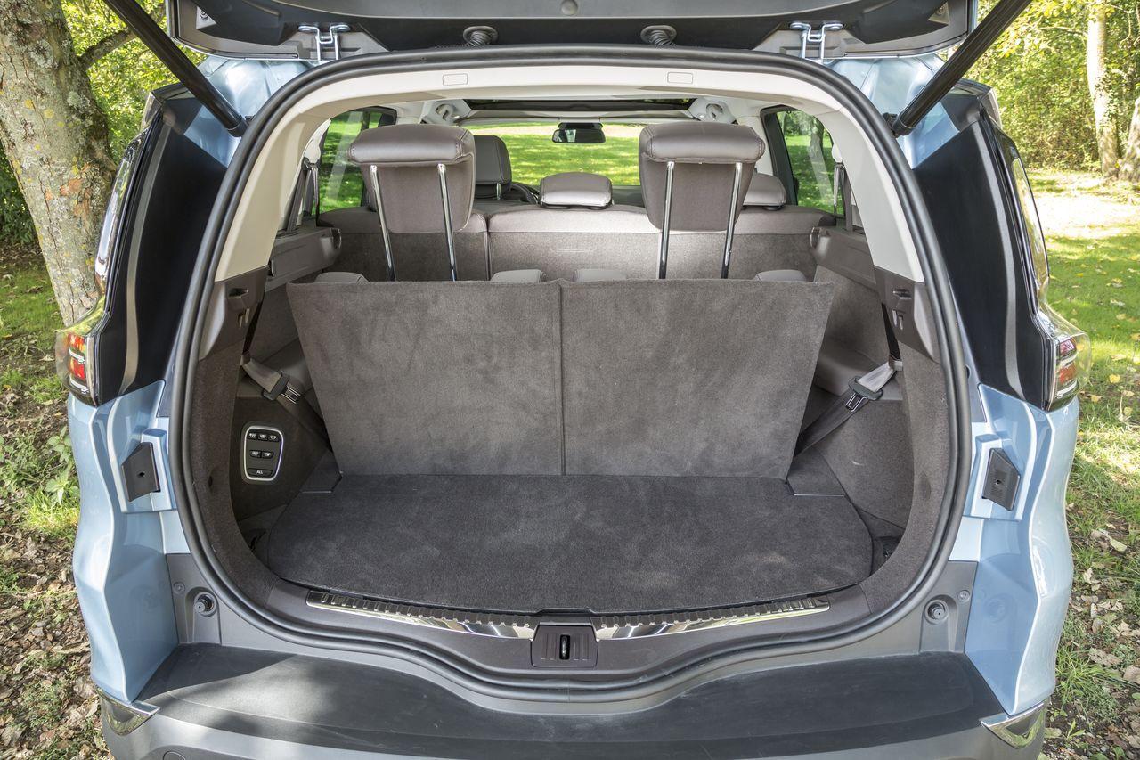 essai comparatif le ford s max d fie le renault espace photo 25 l 39 argus. Black Bedroom Furniture Sets. Home Design Ideas