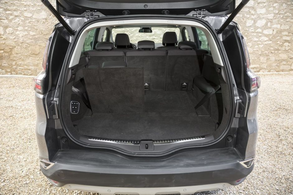 renault espace 5 vs ford s max 2015 le match des prix photo 14 l 39 argus. Black Bedroom Furniture Sets. Home Design Ideas
