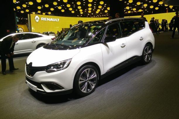 Renault Grand Scénic Iv Premier Bain De Foule Au Mondial De Paris