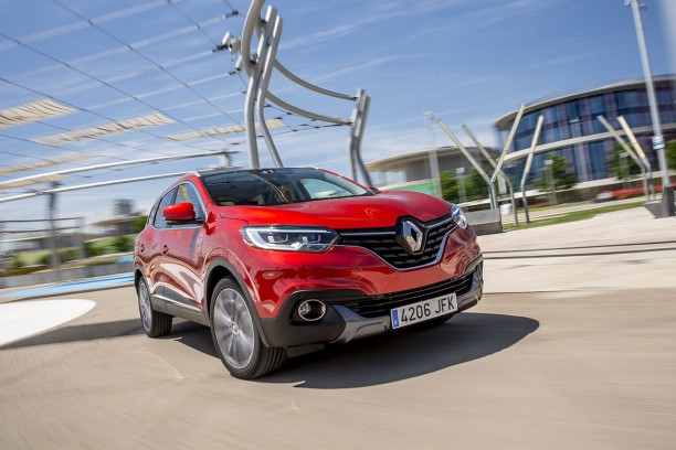 essai renault kadjar 2015 le test du nouveau suv renault l 39 argus. Black Bedroom Furniture Sets. Home Design Ideas