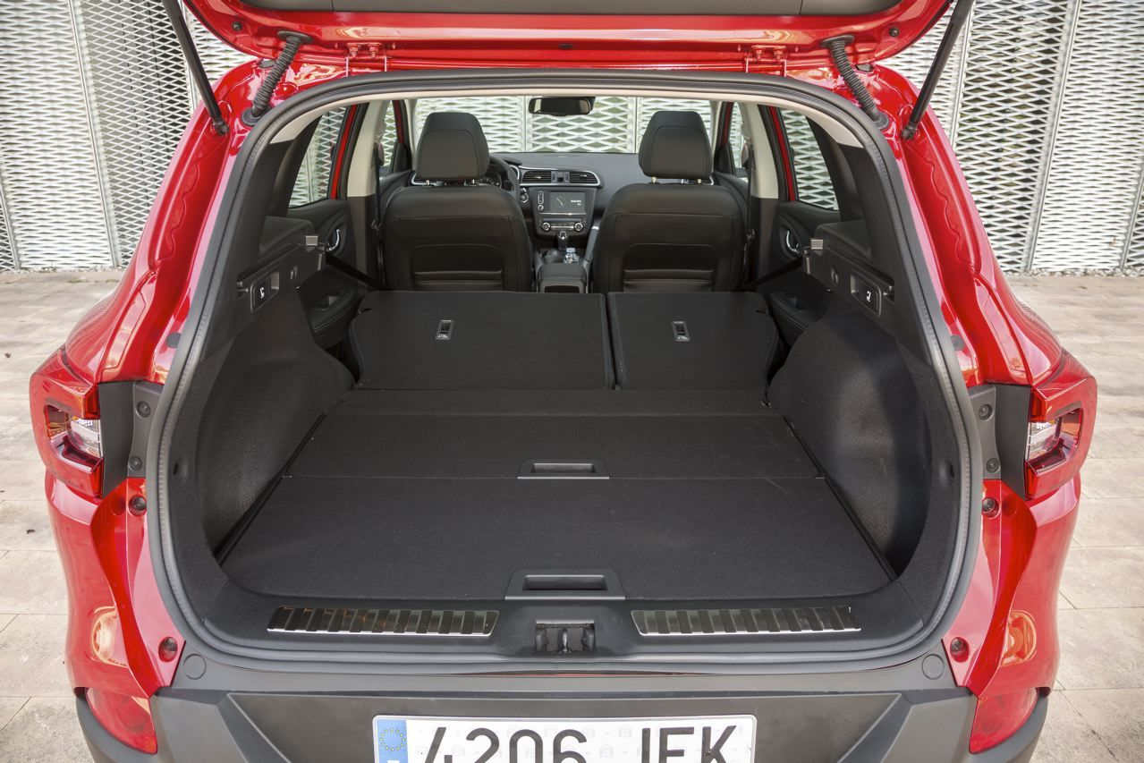 essai renault kadjar 2015 le test du nouveau suv renault. Black Bedroom Furniture Sets. Home Design Ideas