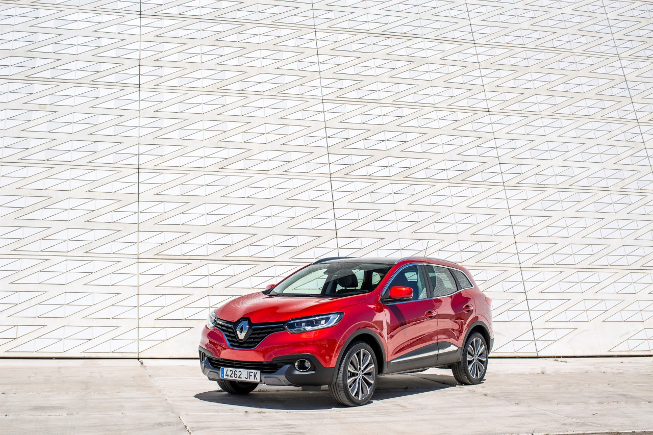 renault kadjar 2015 d couvrez le nouveau suv renault en action photo 13 l 39 argus. Black Bedroom Furniture Sets. Home Design Ideas