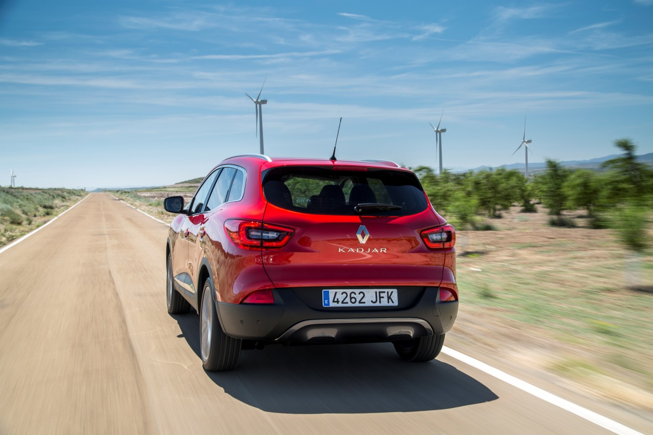 renault kadjar 2015 d couvrez le nouveau suv renault en action photo 22 l 39 argus. Black Bedroom Furniture Sets. Home Design Ideas