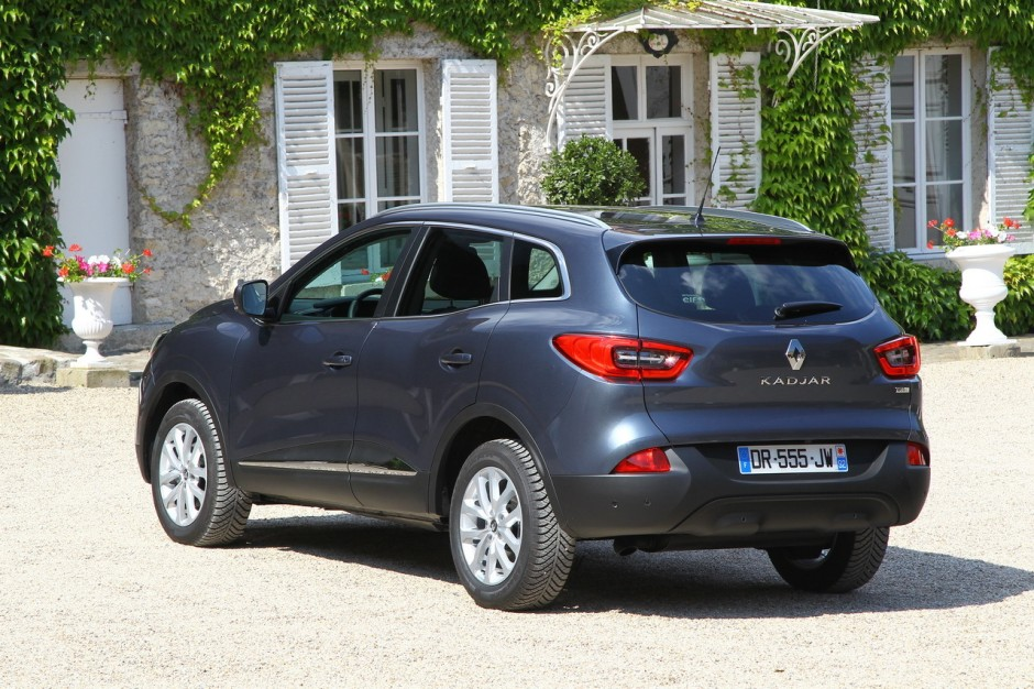 essai comparatif renault kadjar vs peugeot 3008 le choc des suv photo 57 l 39 argus. Black Bedroom Furniture Sets. Home Design Ideas