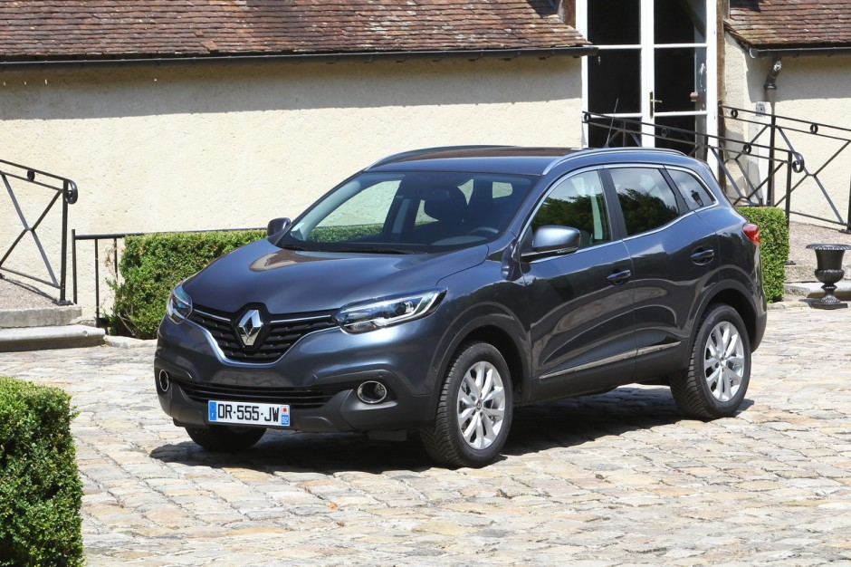 essai comparatif renault kadjar vs peugeot 3008 le choc des suv photo 86 l 39 argus. Black Bedroom Furniture Sets. Home Design Ideas