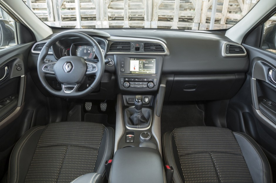 Le renault kadjar face ses concurrents photo 3 l 39 argus for Interieur renault kadjar