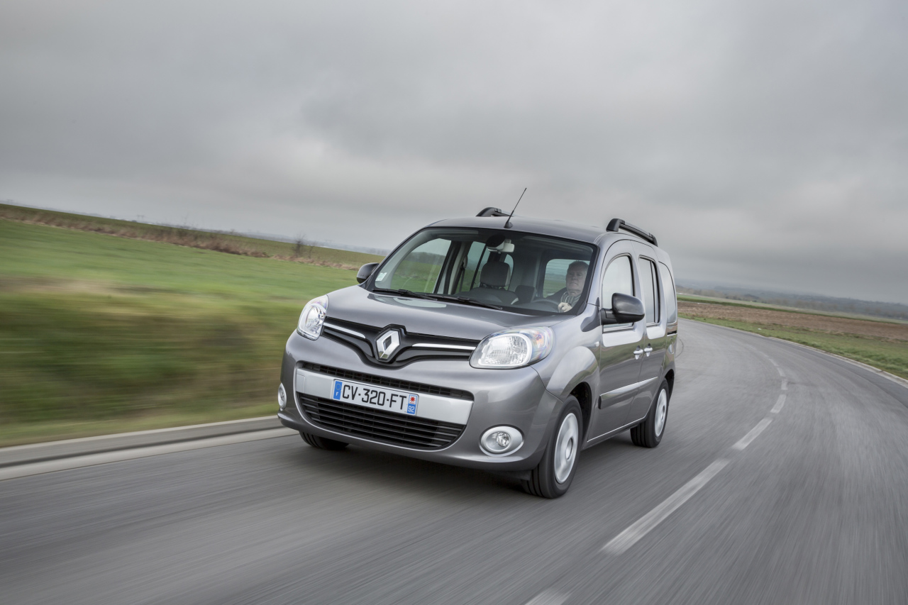 renault kangoo nouveau 1 2 tce 115 au catalogue en 2016 l 39 argus. Black Bedroom Furniture Sets. Home Design Ideas