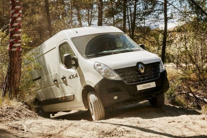 Master 4x4 : l'offensive tout-terrain de Renault - Renault - Auto