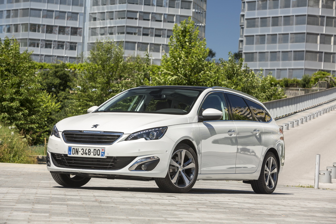 essai comparatif renault m gane estate 2016 vs peugeot 308 sw photo 61 l 39 argus. Black Bedroom Furniture Sets. Home Design Ideas