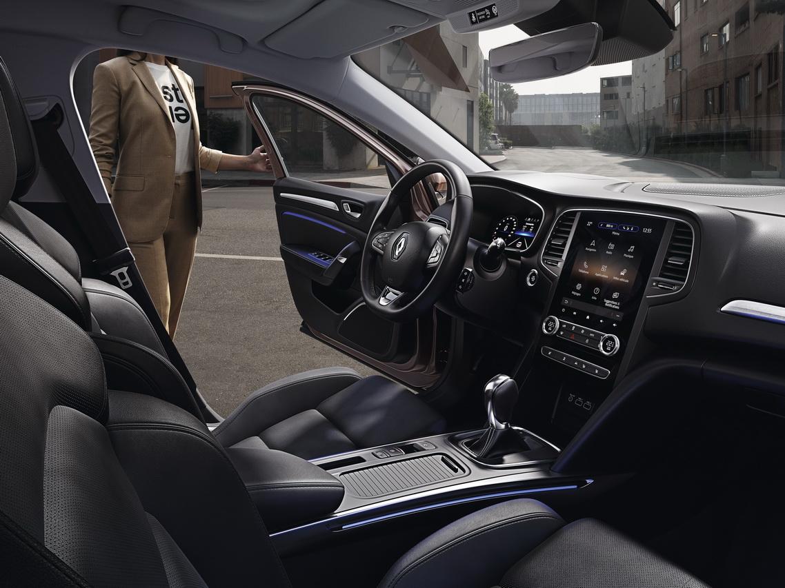 Renault Megane IV Phase II (2020) 11