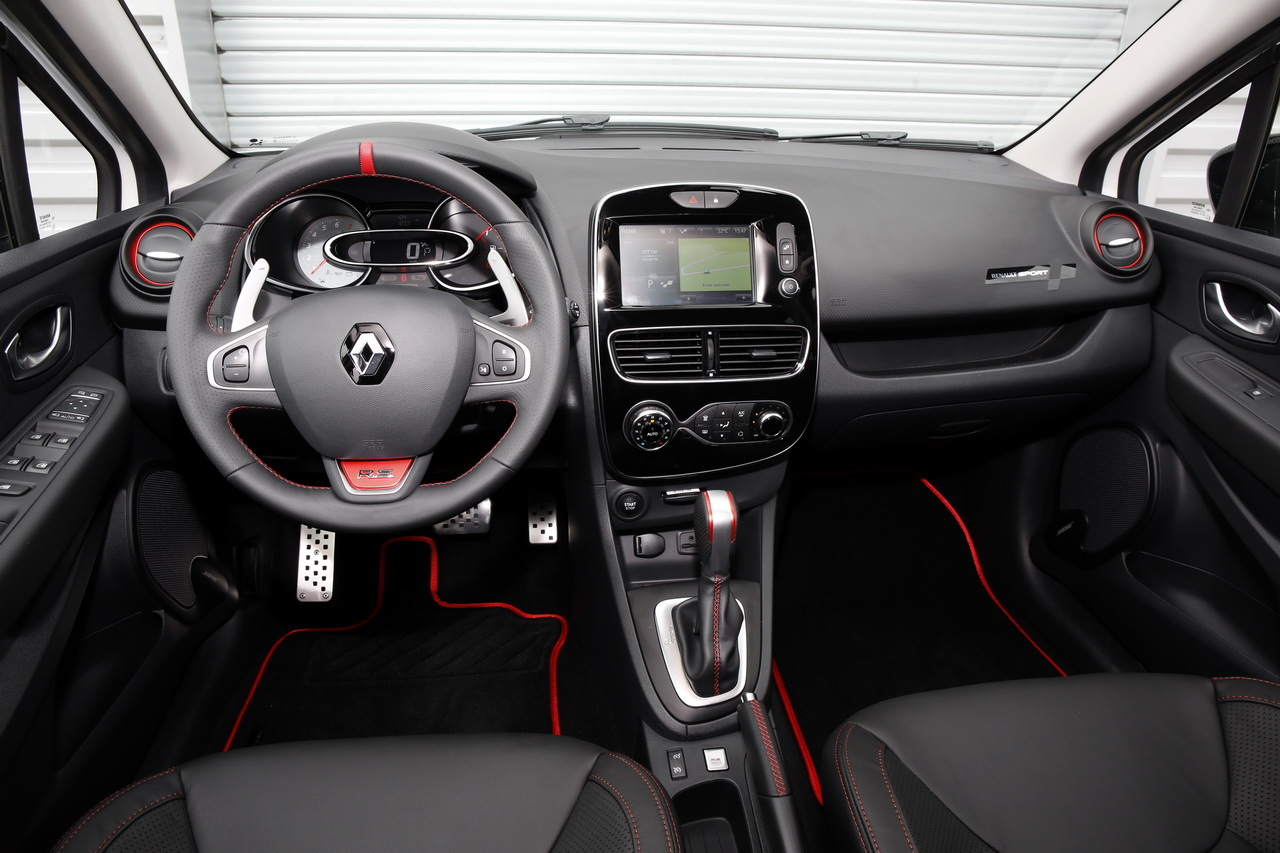 essai clio rs trophy 2016 un restylage sans d rapage photo 29 l 39 argus. Black Bedroom Furniture Sets. Home Design Ideas