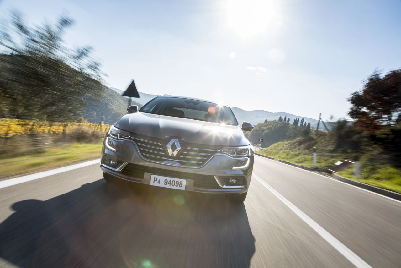 essai renault talisman notre avis sur la nouvelle familiale renault photo 7 l 39 argus. Black Bedroom Furniture Sets. Home Design Ideas