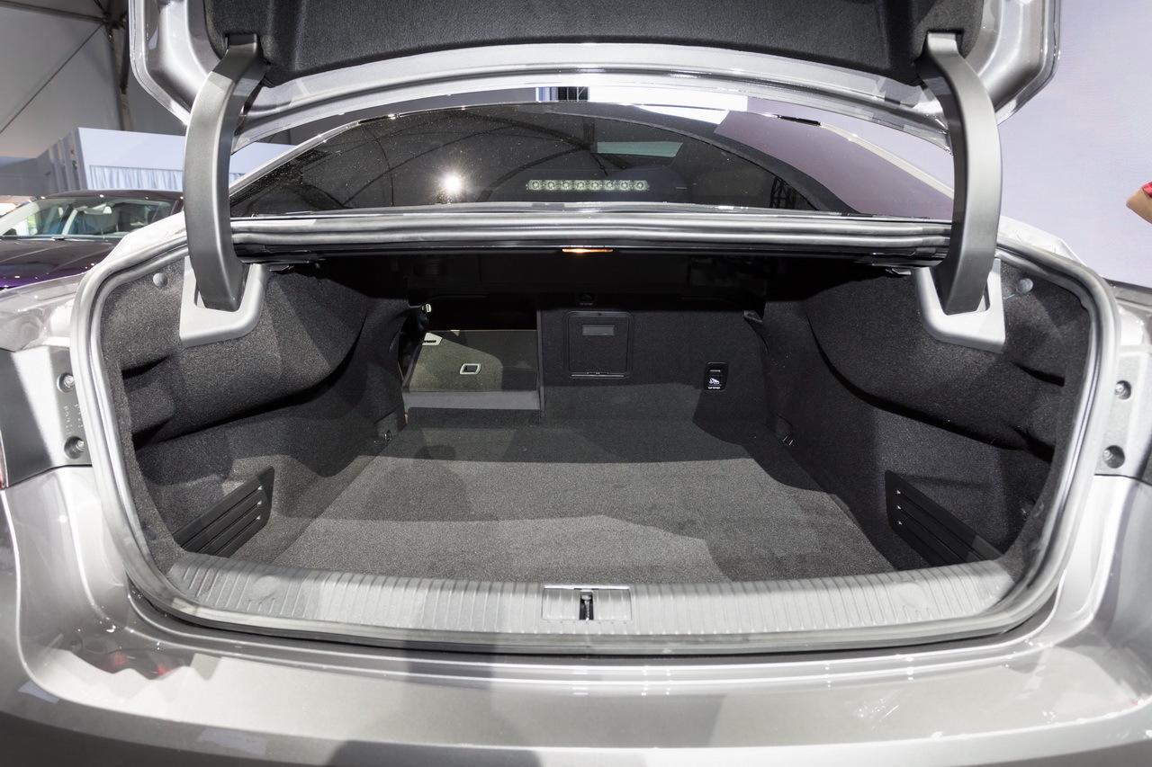 Renault Talisman Vs Volkswagen Passat Premier Match