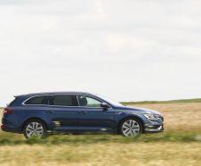 La Talisman Estate prend le rôle de grand break chez Renault. Elle est ici à l'essai en version dCi 110 EDC Business au prix de 34 300 €.