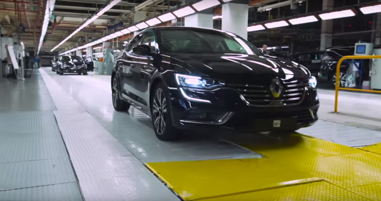 renault talisman la fabrication l 39 usine de douai en vid o l 39 argus. Black Bedroom Furniture Sets. Home Design Ideas