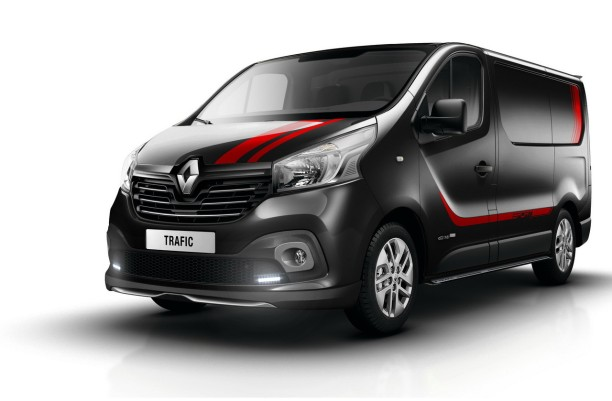 renault trafic sport un pack sport pour l 39 utilitaire renault l 39 argus. Black Bedroom Furniture Sets. Home Design Ideas