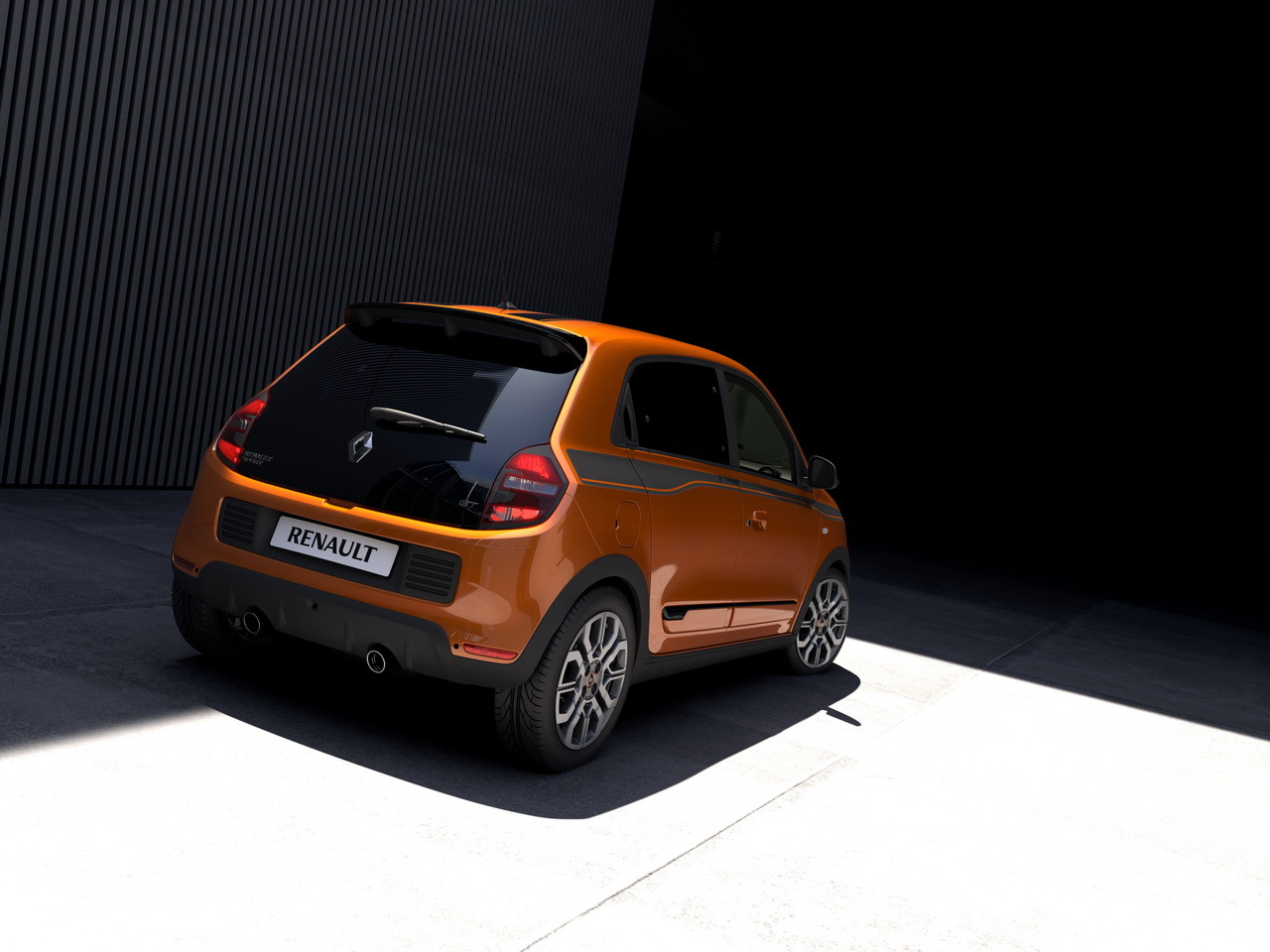 renault twingo gt 2016 les premi res photos officielles l 39 argus. Black Bedroom Furniture Sets. Home Design Ideas